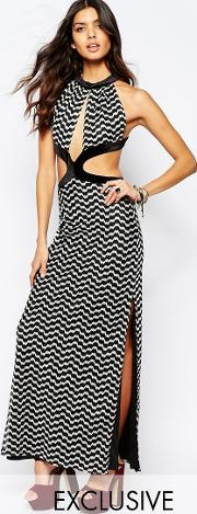 Reclaimed Vintage , Cut Out Maxi Dress In Knitted 70s Zig Zag Black & White