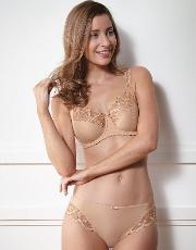 Fantasie , Alex Bra In Nude