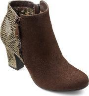 Hotter , Divine Ladies Stylish Ankle Boot, Brown