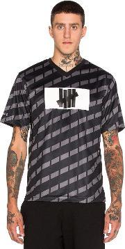 Undefeated , Hooligan Short Sleeve Jersey
